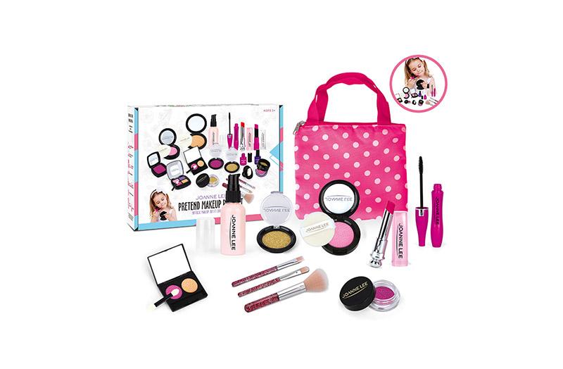 Pretend Makeup Bag